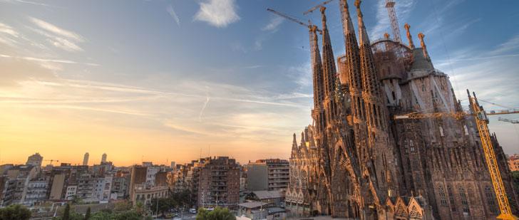 La construction de l'église la plus célèbre en Espagne a commencé en 1882, elle finira en 2026 !