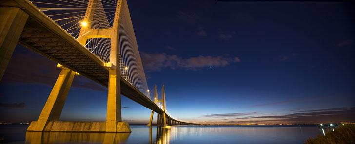 Le pont Vasco da Gama, à Lisbonne, est le plus long d'Europe.