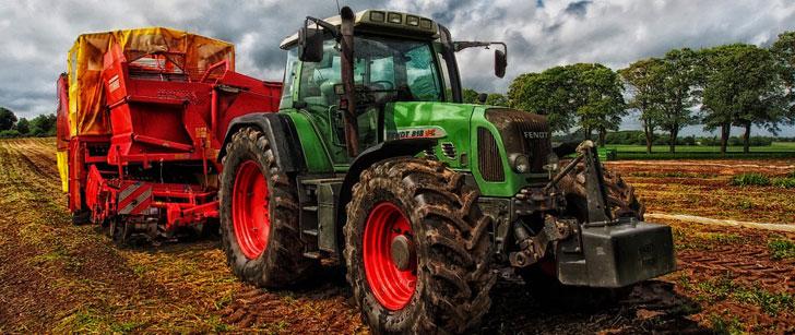 Le saviez-vous?Tracteur vient du mot latin « trahere » qui signifie « tirer » ! Tracteur