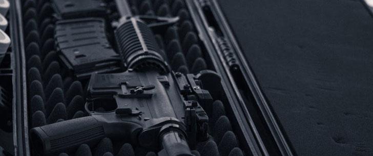 Les Américains peuvent légalement acheter un fusil AR-15 avant de pouvoir acheter de la bière !