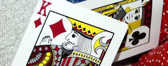 Les rois dans les jeux de cartes présentent de vrais rois