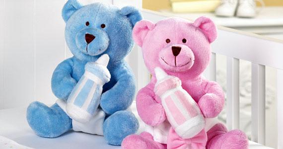 Pourquoi associe-t-on le rose pour les filles et le bleu pour les garçons ?