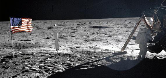 """""""Fly me to the Moon"""" de Frank Sinatra a été jouée sur la lune"""