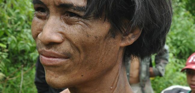 Un père et son fils se sont cachés dans la jungle pendant 40 ans pour fuir la guerre du Vietnam