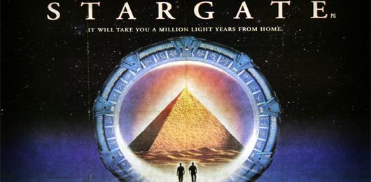 Stargate a été le premier film à avoir un site web officiel !