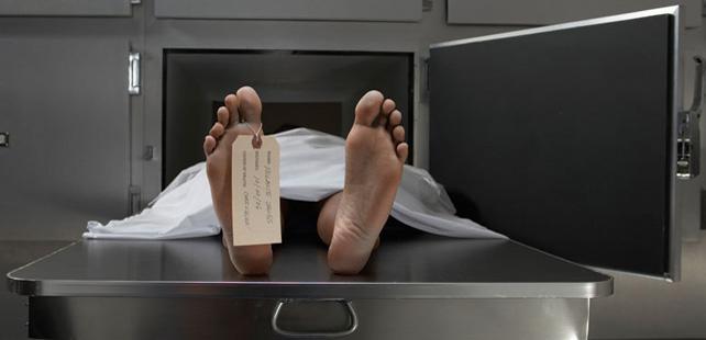 Le saviez-vous?Déclaré mort, un homme de 80 ans se réveille à la morgue ! Reveil-morgue