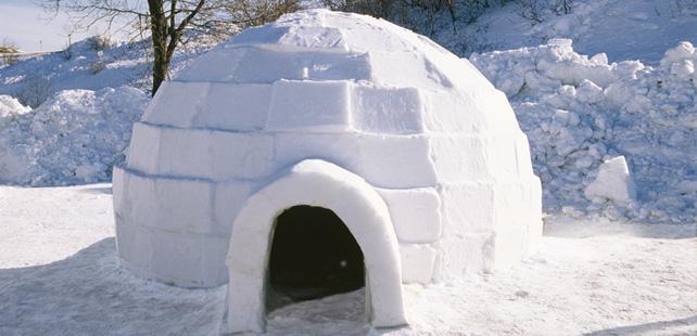 Le saviez-vous? A l'intérieur d'un igloo il ne fait pas froid et la température peut atteindre 15°C ! Igloo