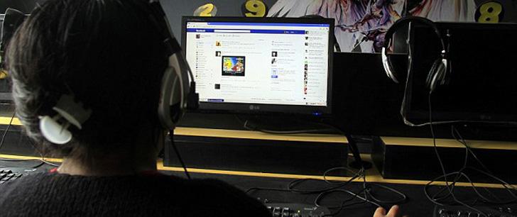 Plus une personne a des amis sur Facebook, moins elle en a dans la vraie vie !