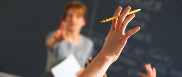 Selon des études scientifiques, les écoles commencent trop tôt !