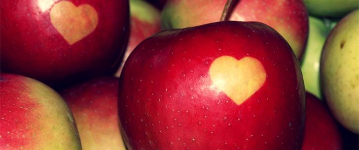 Dans la Grèce antique, jeter une pomme sur une femme était considéré comme une proposition de mariage !