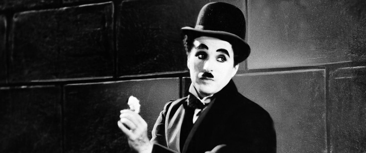 Charlie Chaplin a participé à un concours de sosies de lui-même en 1915 incognito et n'a pas gagné !