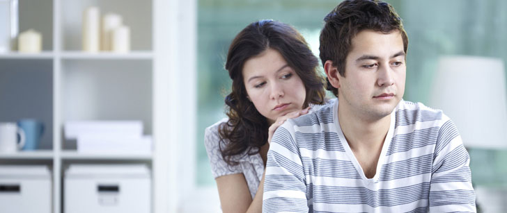 Les hommes et les femmes sont généralement moins heureux dans leur relation lorsque la femme gagne plus que l'homme !