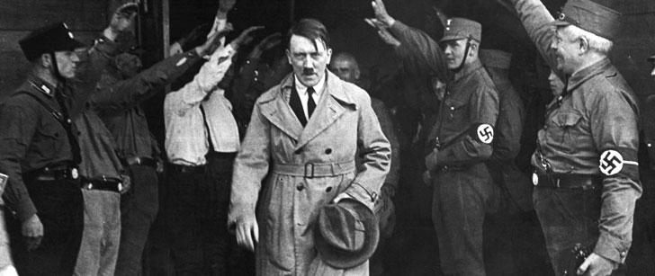Adolf Hitler a voulu devenir peintre, mais il a échoué à l'examen d'entrée à l'Académie des Beaux-Arts de Vienne deux années de suite !