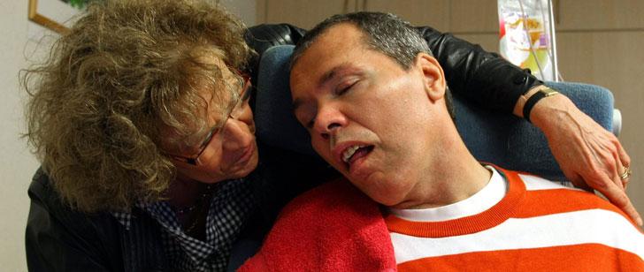 On a cru que cet homme était dans le coma pendant 23 ans, cependant, il était conscient mais paralysé !