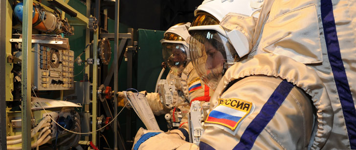 La Russie est le seul pays à envoyer des armes à feu dans l'espace avec ses astronautes !