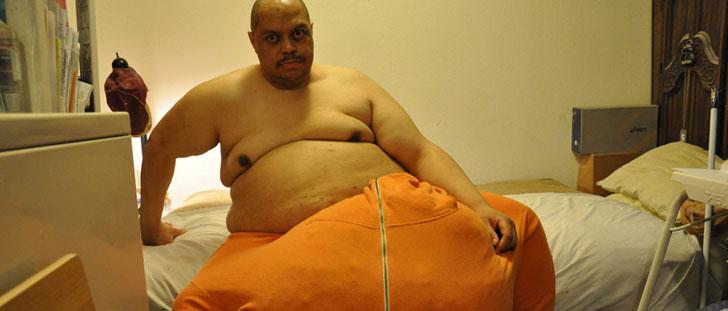 L'homme aux plus gros testicules au monde !