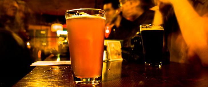 Selon une étude, deux pintes de bière seraient plus efficaces que le paracétamol pour soulager la douleur!