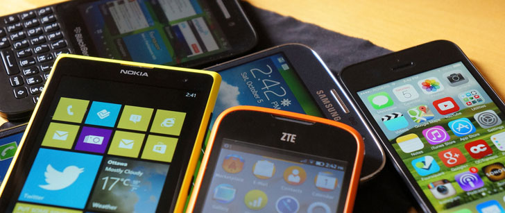 Un homme retrouvé avec des centaines de smartphones dans son sac à dos