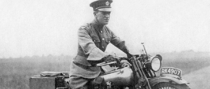 La mort de Lawrence d'Arabie est en grande partie responsable de l'invention du casque de moto !