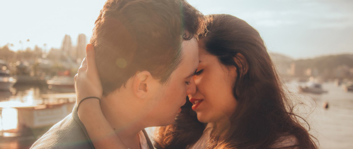 Lorsque vous embrassez quelqu'un pendant 10 secondes, vous échangez environ 80 millions de bactéries !