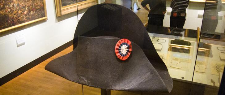 Le chapeau de Napoleon a été vendu en 2014 pour 1,9 million d'euros !