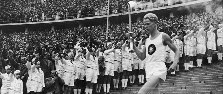 Le relais de la flamme olympique a été inventé par les nazis !