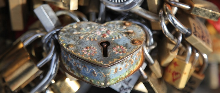 Les premières serrures métalliques ont vu le jour en l'an 900 apr. J.-C